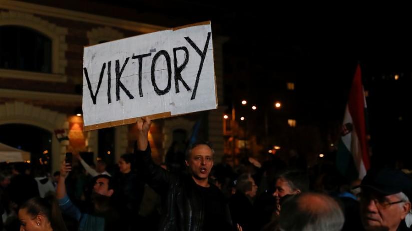 Le Premier ministre hongrois, Orban, déclare que le parti au pouvoir devrait remporter 67% des sièges du parlement