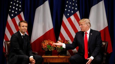 PHOTO DU FICHIER: Le président américain Donald Trump rencontre le président français Emmanuel Macron © Kevin Lamarque