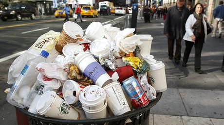 La Chine dit à l'Amérique de ramener ses déchets