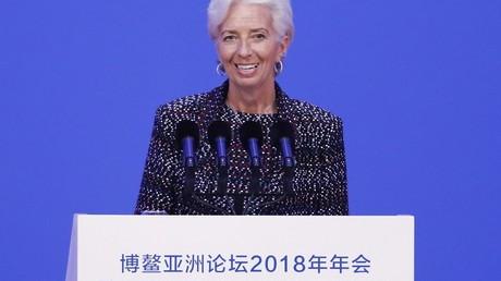Depuis la Chine, la présidente du FMI annonce des «nuages plus sombres» sur la croissance mondiale
