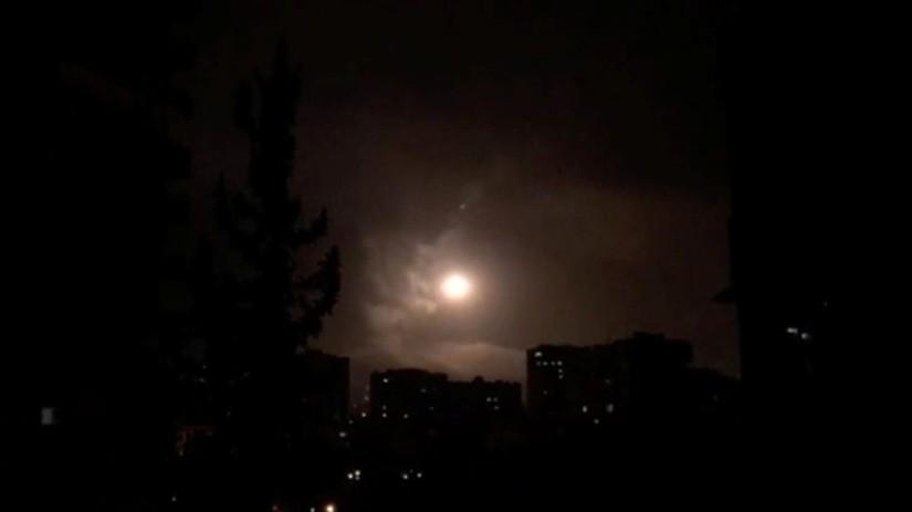 Les missiles surface-air de la Syrie contre les frappes menées par les Etats-Unis (VIDEO)
