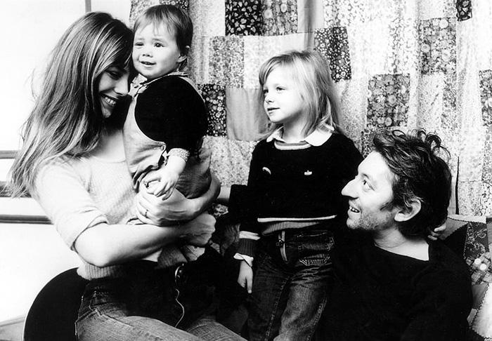 Serge et Jane avec ses deux enfants (la fille aînée de son précédent mariage).