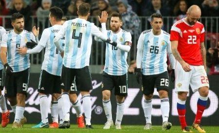 L'équipe nationale de football de l'Argentine.