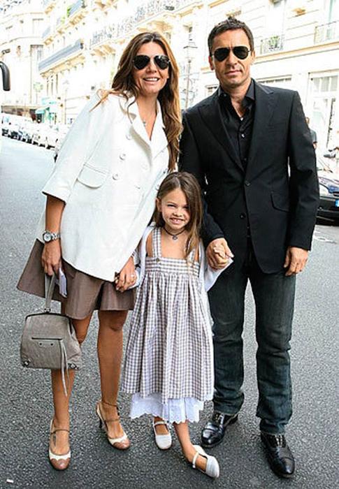 Tylan avec ses parents.